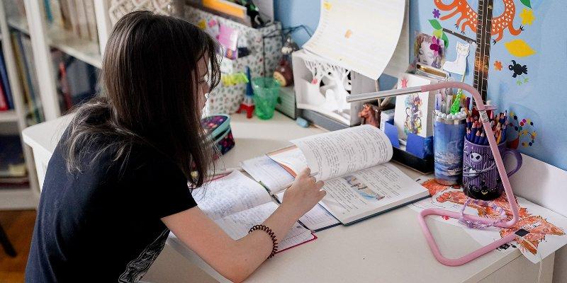 15 мая московским школьникам поставят итоговые оценки за учебный год